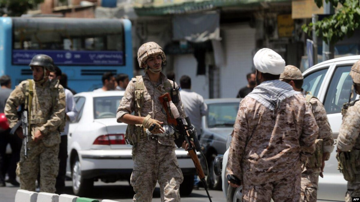 شام: 'مدافعان حرم' اور 'پاسداران'، ایران کے پانچ اہل کار ہلاک
