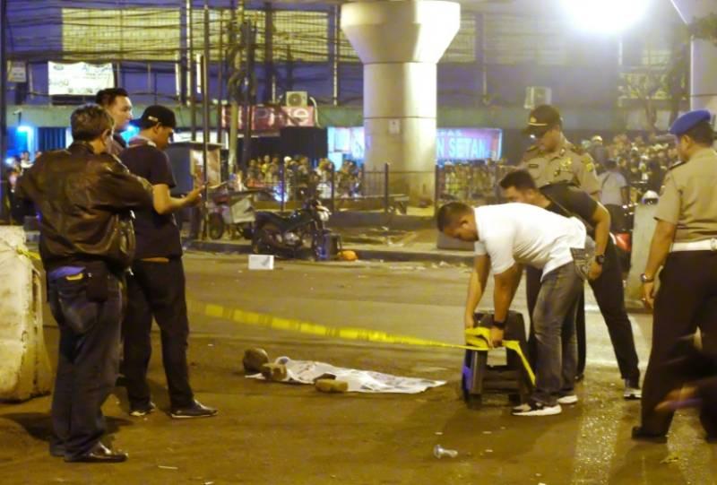 Jakarta suicide bombing kills three police officers