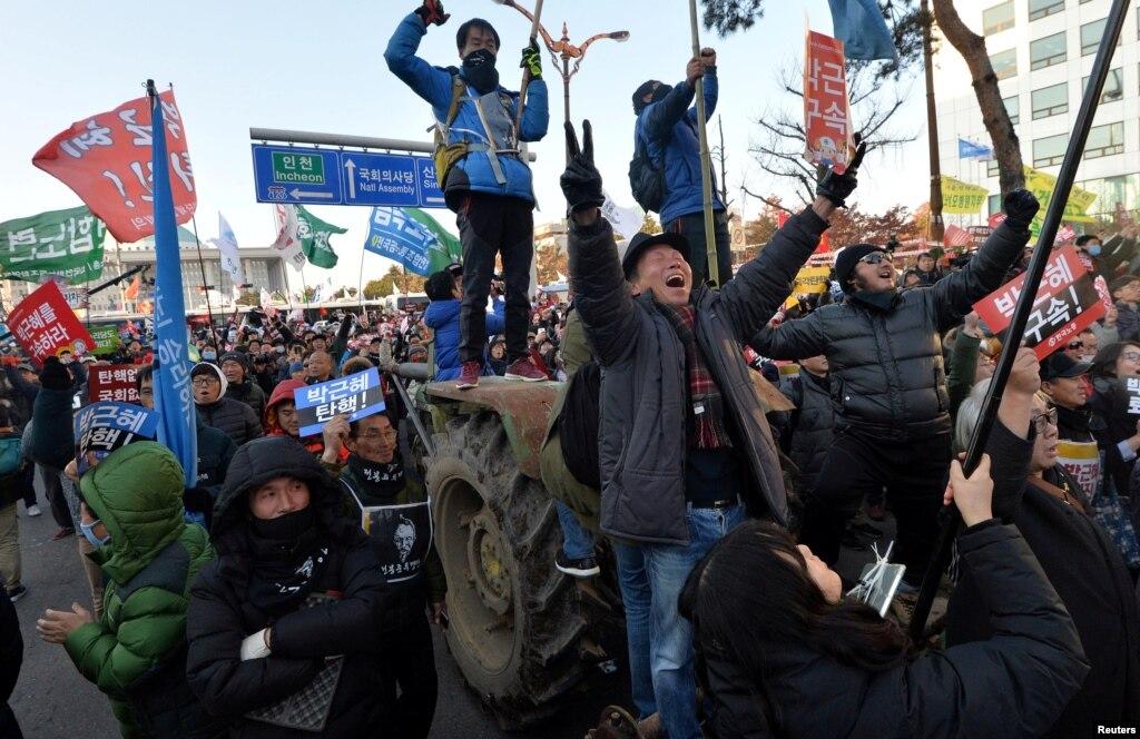 جنوبی کوریا میں صدر کے مواخذے کا جشن