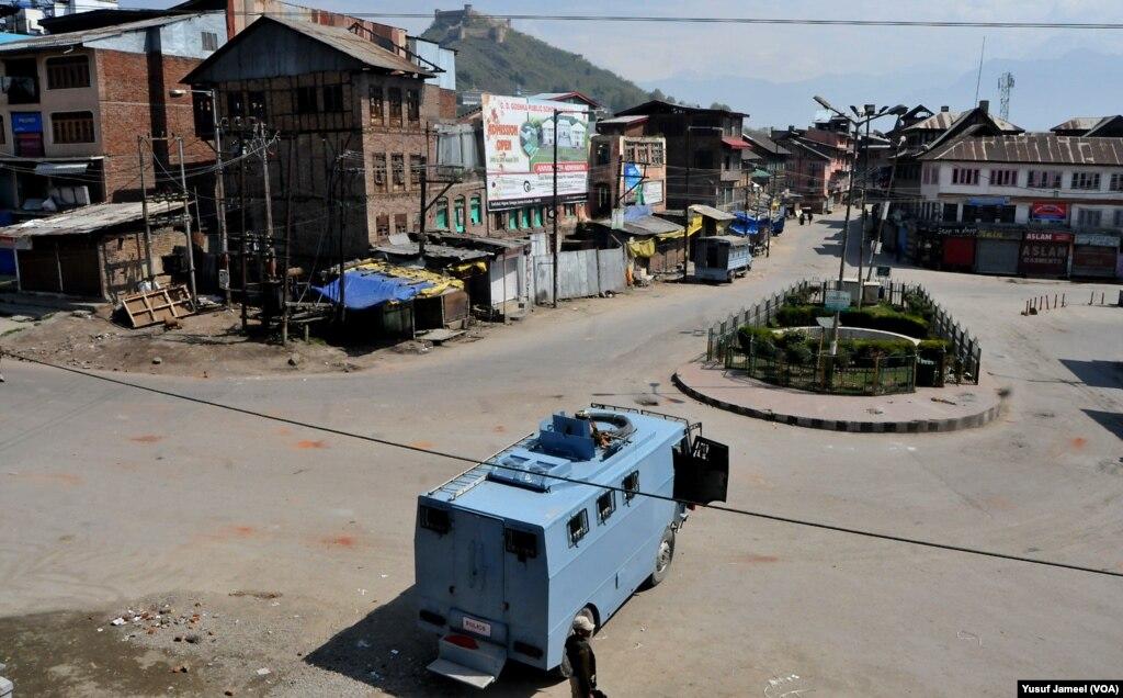 بھارتی کشمیر میں دوبارہ کرفیو نافذ