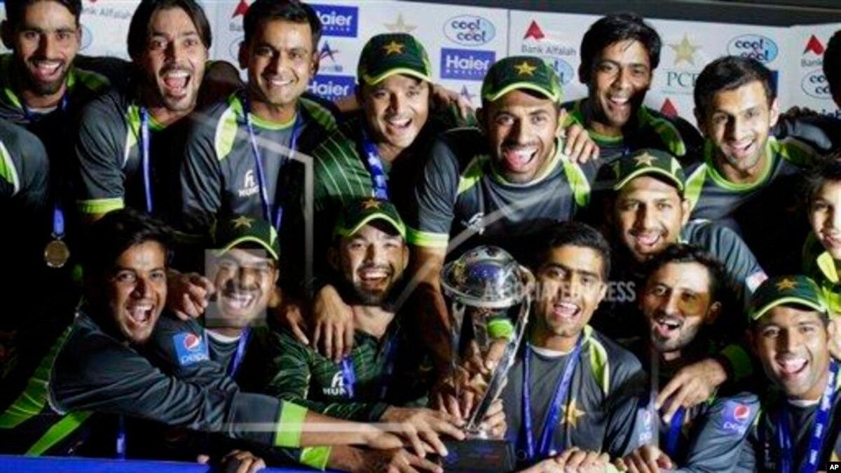 پاکستان کی ٹیسٹ کرکٹ کی تاریخ کے 10 بہترین کرکٹر کون؟