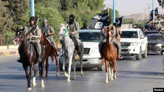 داعش پر فضائی حملے کے معاملے پر برطانیہ منقسم