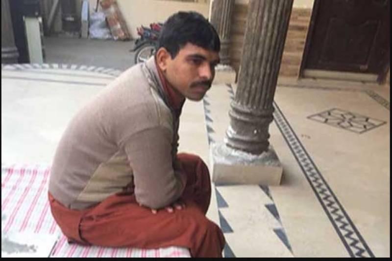 زینب کے والدکی بیٹی کے قاتل کو سر عام پھانسی دینے کیلئے لاہور ہائیکورٹ میں درخواست دائر