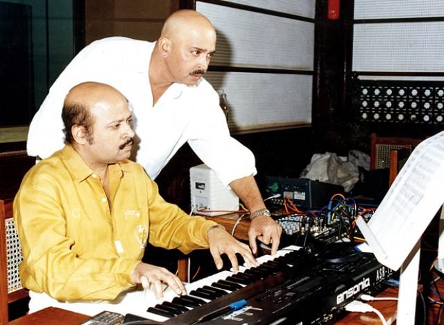 بالی وڈ میوزک کمپوزر راجیش روشن کی 61 ویں سالگرہ