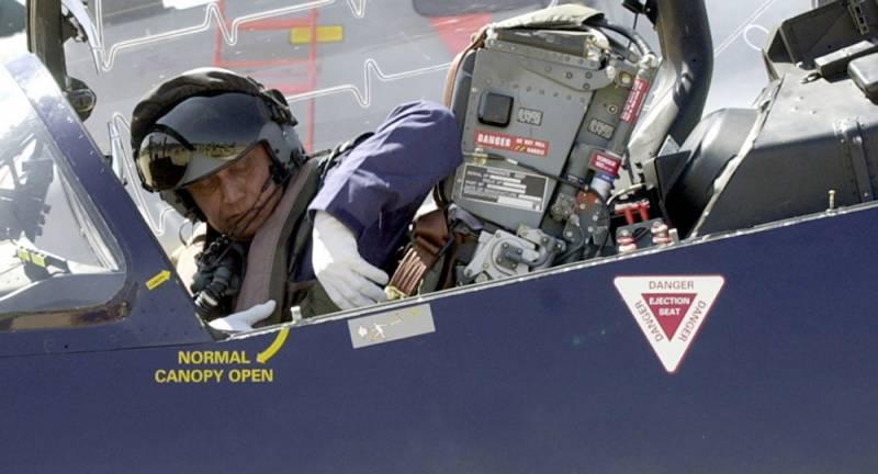 ہیلی کاپٹر سکینڈل، بھارتی فضائیہ کے سابق سربراہ گرفتار