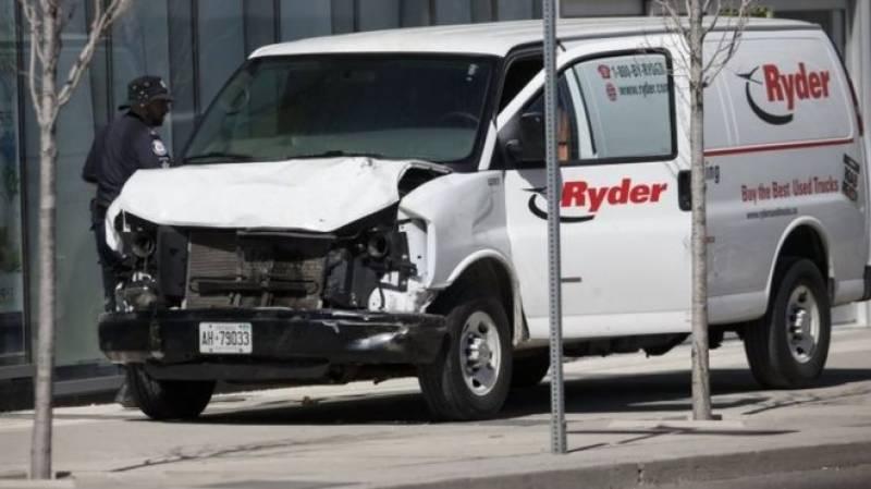 ٹورنٹو میں تیز رفتار وین نے راہگیروں کو کچل دیا، 10 افراد ہلاک