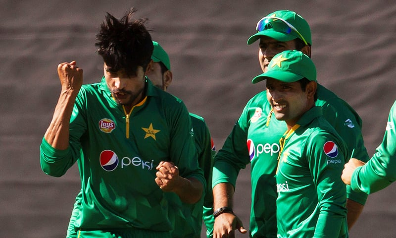 Smith century makes Pakistan pay for mistakes in 3rd ODI at Perth
