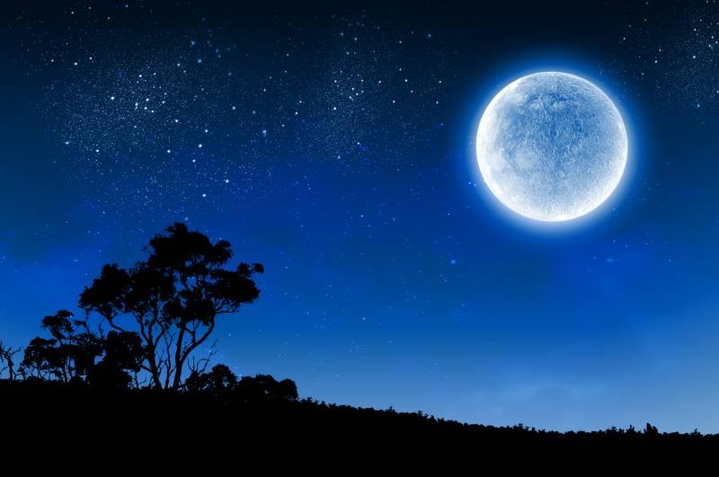 آپکو اپنی عمر کا تو انداز ہ ہو گا لیکن کیا آپ جانتے ہیں چاند کی عمر کتنی ہے ؟