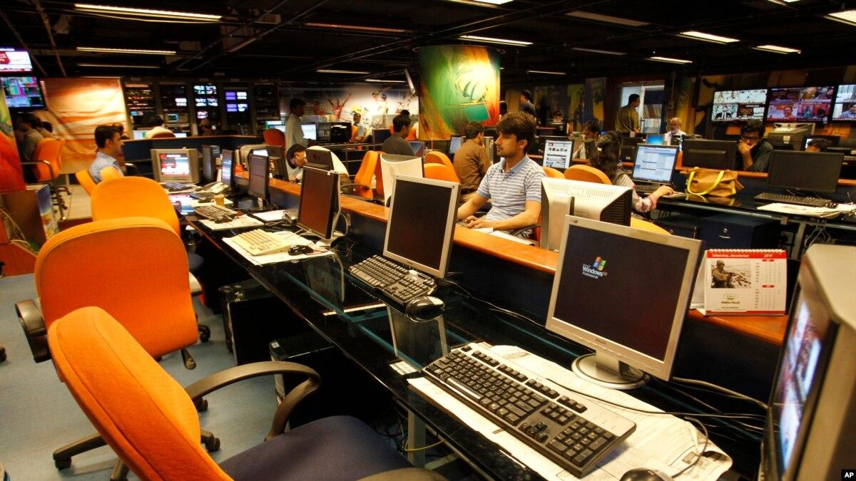 'آزادی اظہار پر پابندیاں'، سینیئر صحافیوں کی مذمت