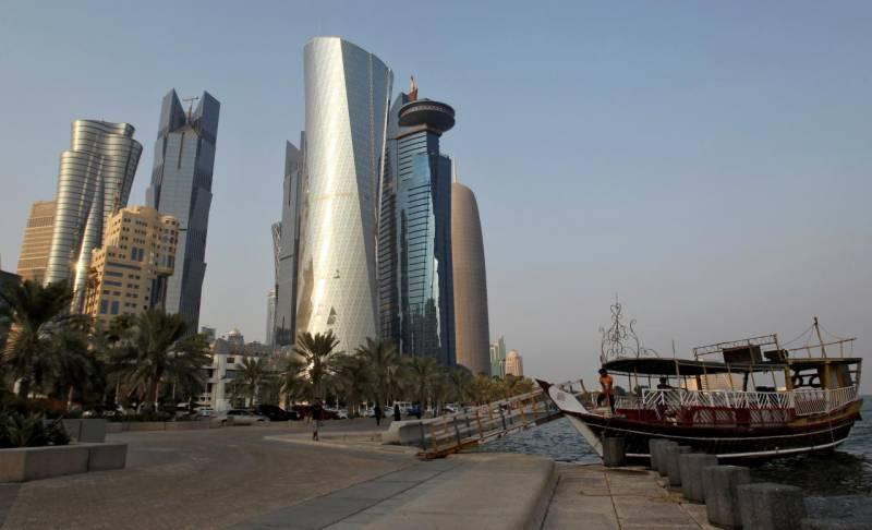 ڈالر کے مقابلے میں قطر ی ریا ل کی قدرمیں خاطرخواہ کمی
