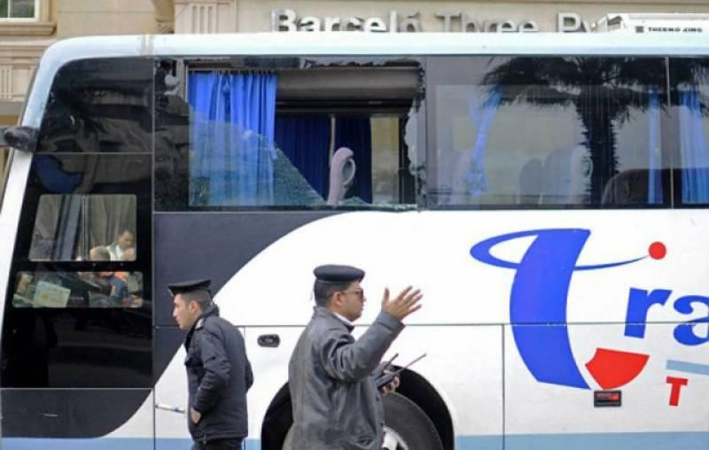 مصر میں مسلح افراد کا عیسائیوں کو لے جانے والی بس پر حملہ' 24 افراد قتل