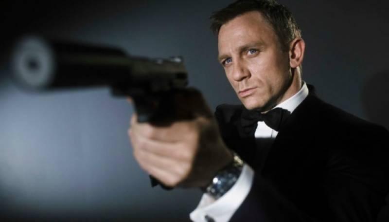 جمیز بانڈ 007 کی25 ویں فلم کے ڈائریکٹر کیری جوجی فوکوناگا ہونے کا اعلان
