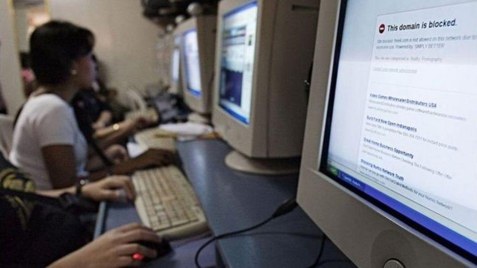 'قابل اعتراض ویب سائٹس پر انڈین بچوں کی بڑھتی تعداد'