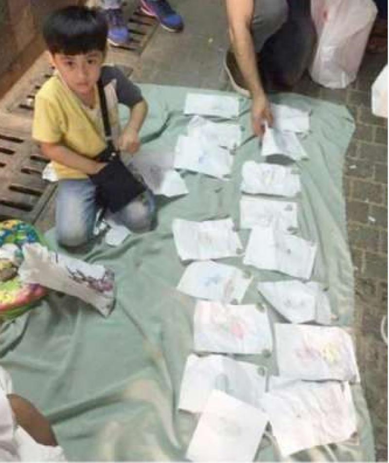 بہن کی ڈارئنگ 1 ریال میں فروخت کرنے والے8سالہ بچے نے سعودی عرب میں ہلچل مچ گئی