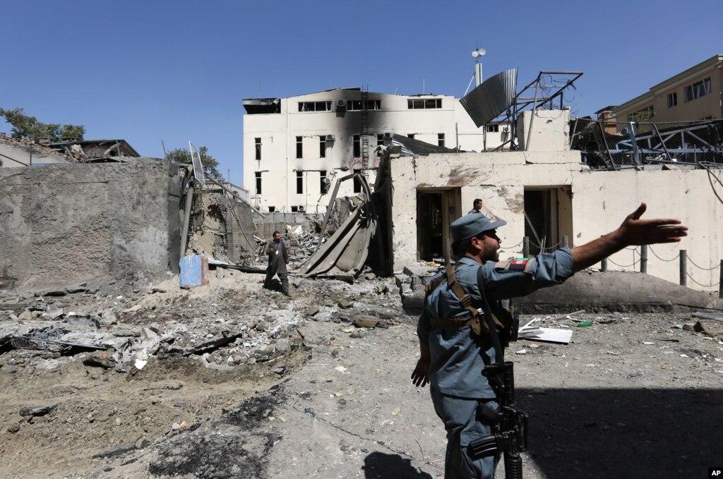 آئے دِن، افغان فوج کو گھمسان کی جھڑپوں کا سامنا
