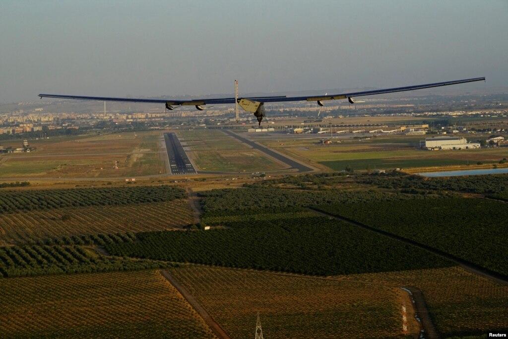 شمسی توانائی سے چلنے والا طیارہ اسپین پہنچ گیا