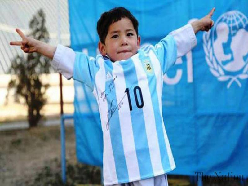 Messi's young fan arrives Pakistan