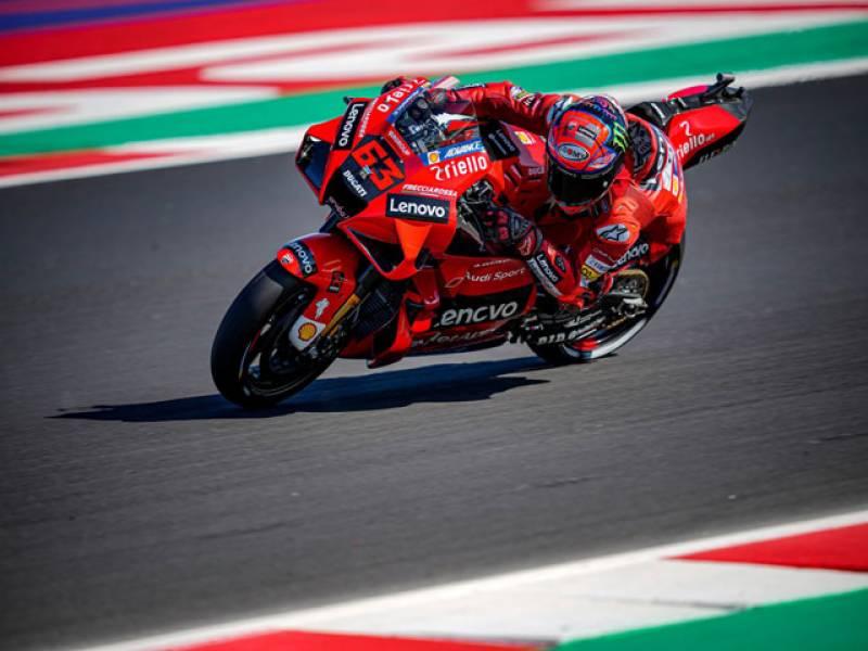 Bagnaia holds off Quartararo to win San Marino MotoGP