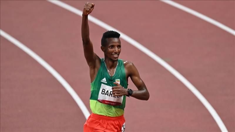 Ethiopian Selemon Barega wins gold in Olympics men's 10,000m