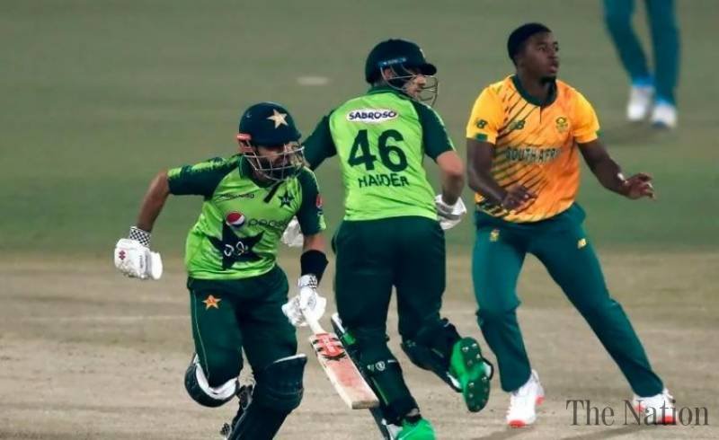 Pakistan beat South Africa in first T20I, after nail-biting chase