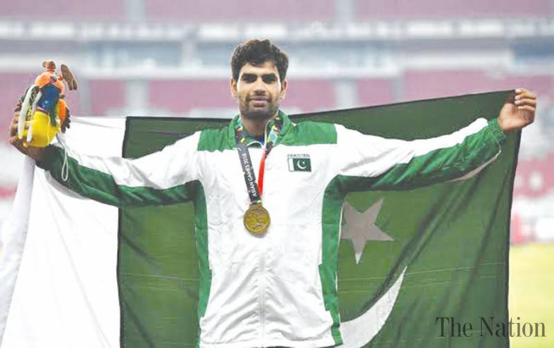 Arshad grabs gold in Iran to keep Pakistan's Olympics hopes alive