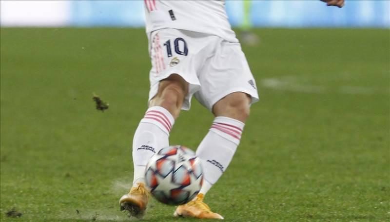 Real Madrid claim 1-0 victory over 10-man Atalanta