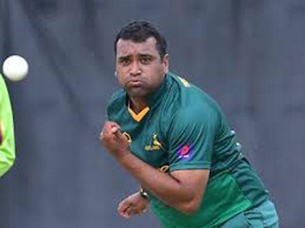 Samit Patel arrives in Pakistan for PSL playoffs