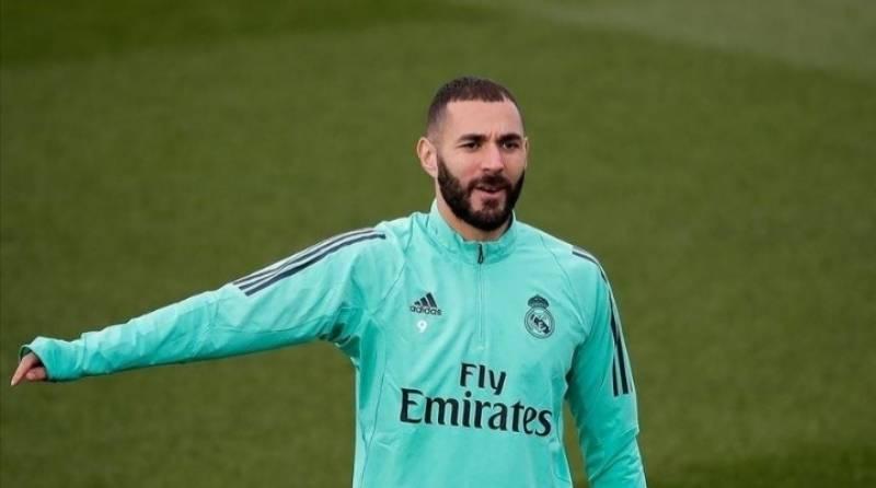 Real Madrid striker Karim Benzema contracts coronavirus