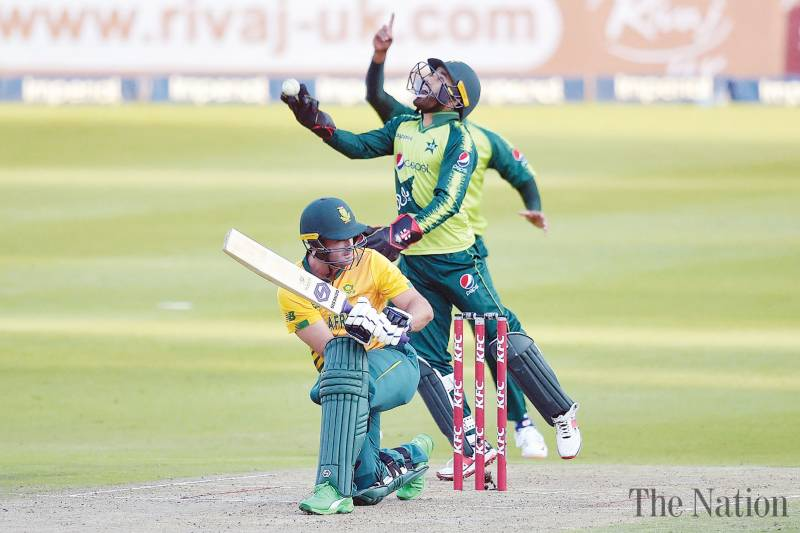 Evenly matched Pakistan, South Africa look to gain upper hand